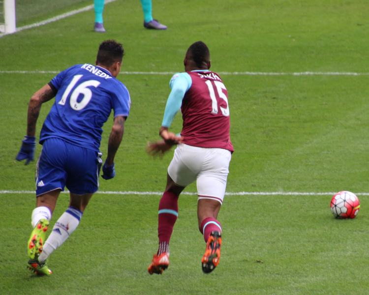 Chelsea vs West Ham - Photo by @cfcunofficial (Chelsea Debs) London - CC-BY-SA-2.0