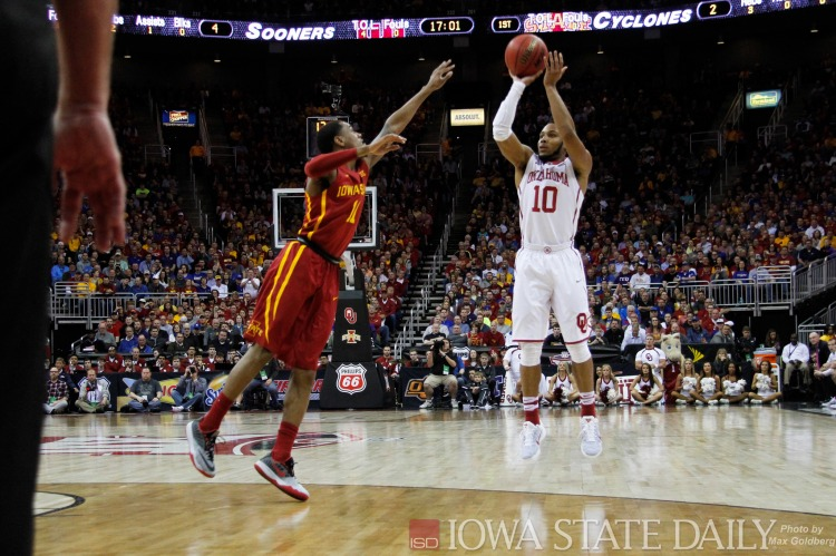 Oklahoma vs Iowa State - Photo by Max Goldberg - CC-BY-SA-2.0