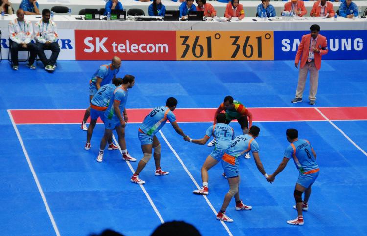 Kabaddi Match - India v Bangladesh - Photo by Paul B. - CC-BY-NC-NC 2.0